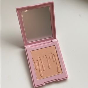 "Kylie ""You're Perfect"" Powder"